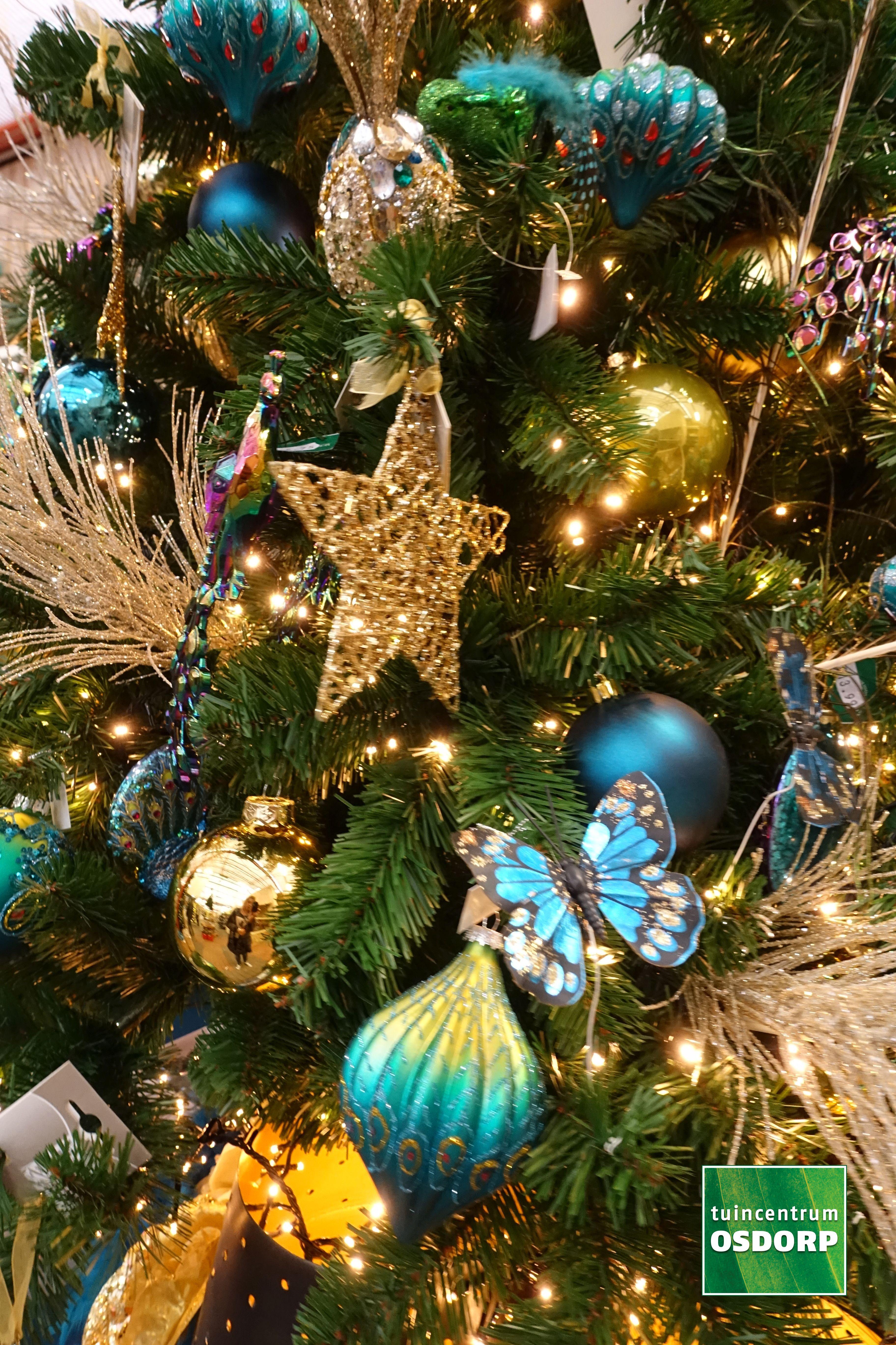 Kerst Inspiratie Bij De Kerstshow Van Tuincentrum Osdorp Kerstboom Versiering In De Kleuren Goud Suede Choco Kerstboom Versieringen Kerst Ornament Kerstboom