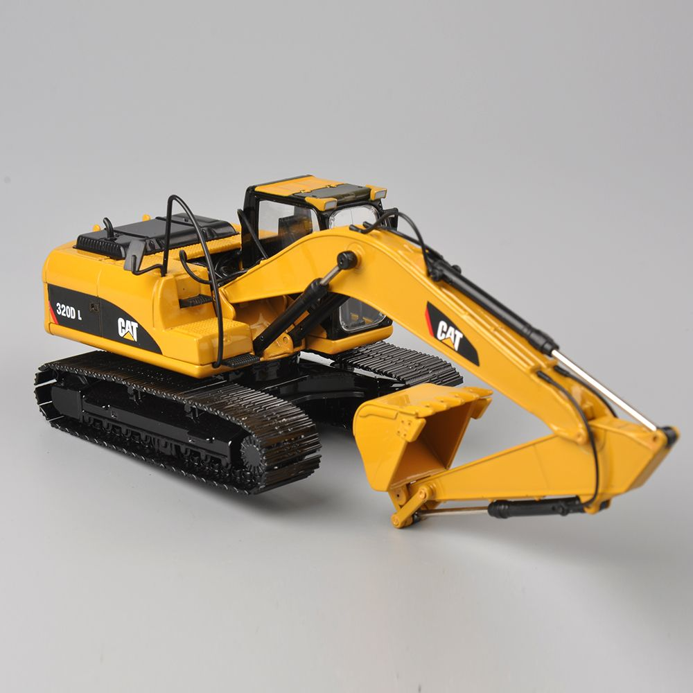 Construction Vehicle Toys For Boys : Norscot scale diecast caterpillar cat d l