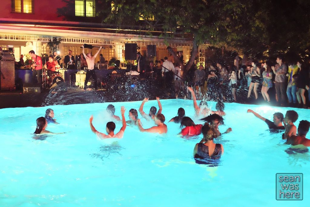 party pool Skinny dipping