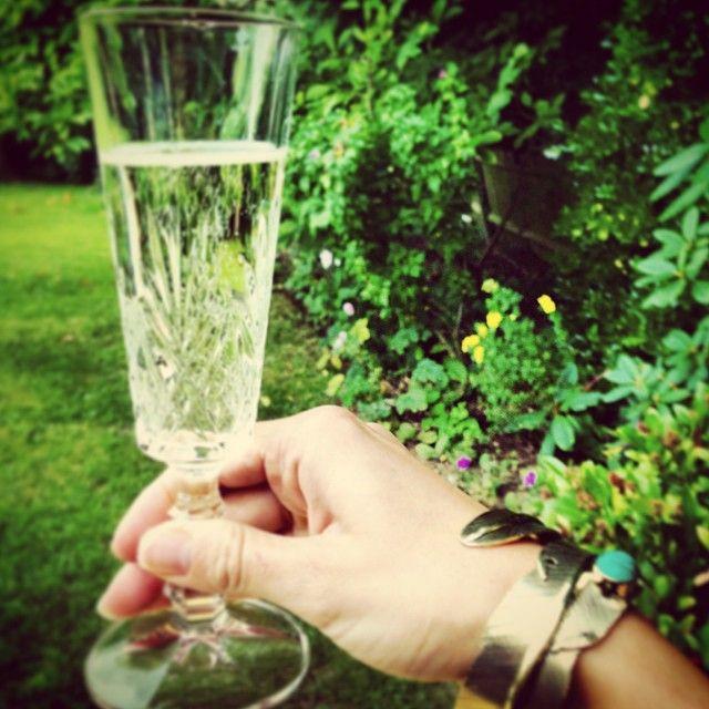 CW team drinks #jewellery #champagne #charlottesweb