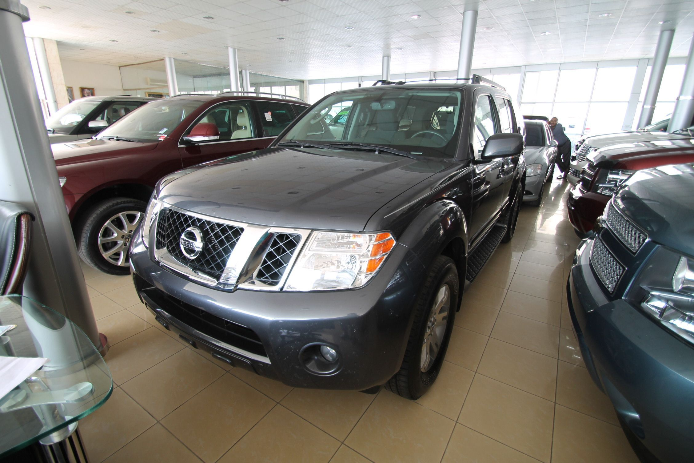 sale nissan for information very title vehicles pathfinder maintained well qatar living