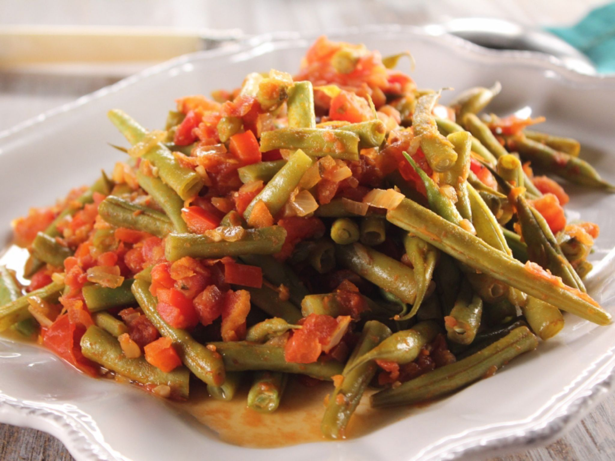 String beans and tomatoes recipe trisha yearwood beans and food dishes string beans and tomatoes recipe from trisha yearwood via food network forumfinder Image collections