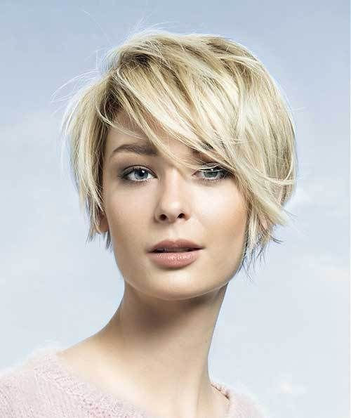 13 Beloved Short Haircuts for Women with Round Faces | Hair ...