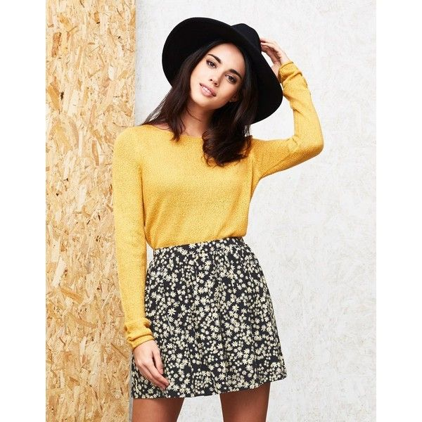 Only Skater Print Mini Skirt (71 BRL) ❤ liked on Polyvore featuring skirts, mini skirts, patterned skater skirt, print mini skirt, flower print skirt, print skirt and patterned mini skirt