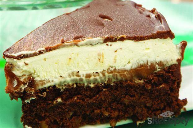 Torta bombóm bañada en chocolate