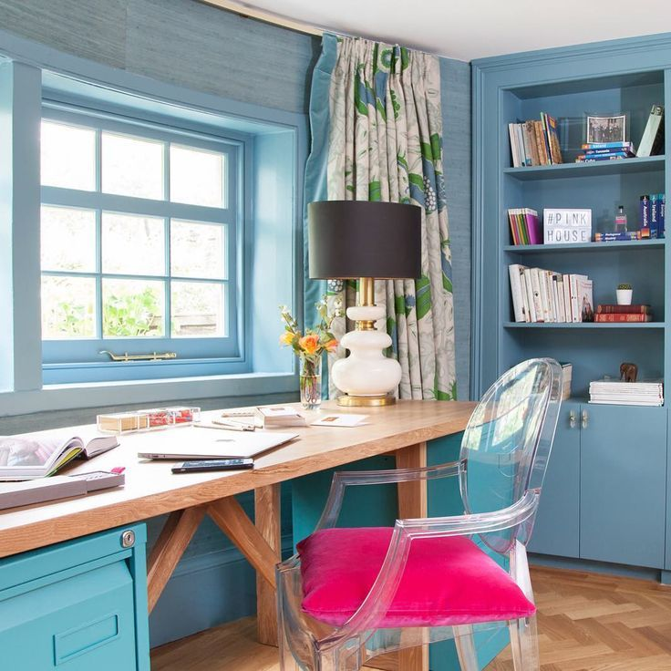 Experts Reveal Home Office Decor Ideas That Help You