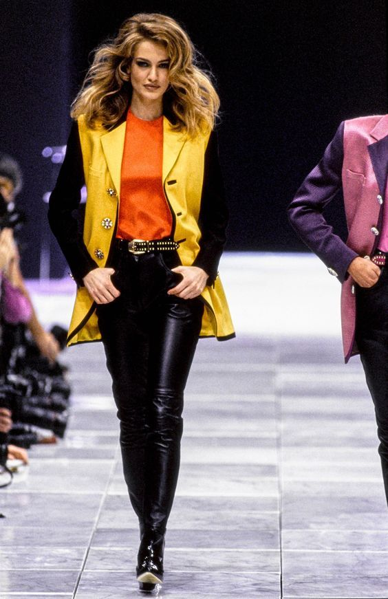 Gianni Versace Fashion show & more details