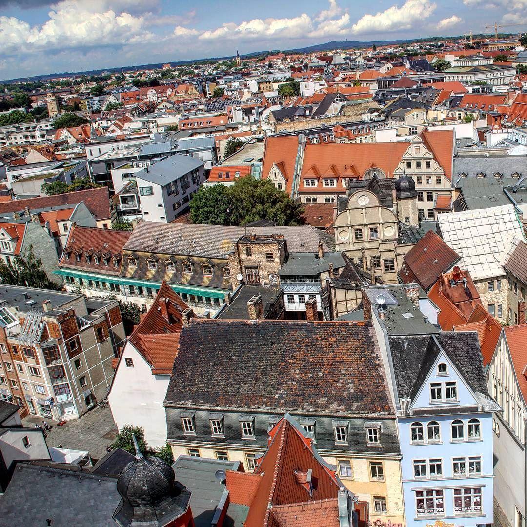 Über den Dächern von Halle #halle #hallesaale #altstadt #überdendächern