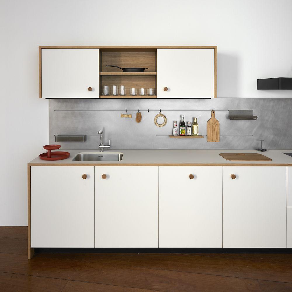 Kitchen of the Week: Jasper Morrison\'s First Modular Kitchen for ...