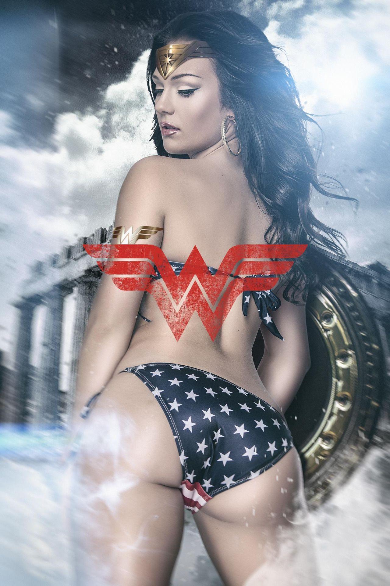 "justcosplaygirls: ""Wonder Woman """