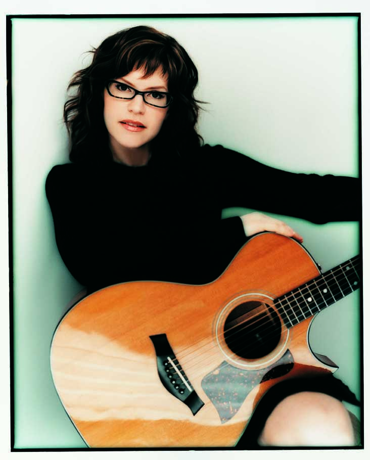 20cc724a656 Grammy®-nominated singer songwriter Lisa Loeb started her career with the  platinum-