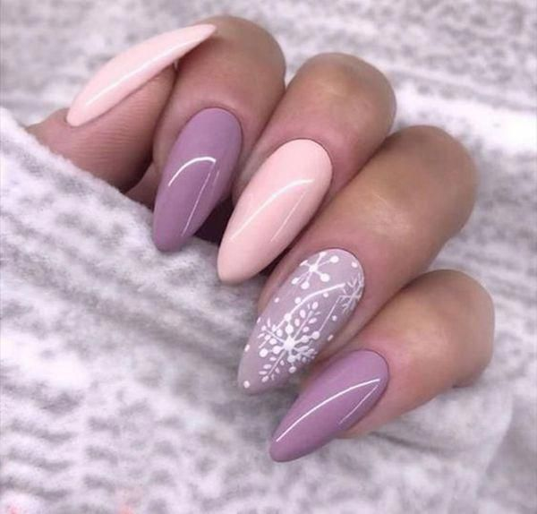 Trendnägel für den Winter; Nageldesigns; Winter Nägel; Glitzernägel; Nagel Kunst; Nai …   – Nails