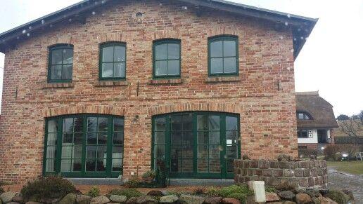 Haus Auf Rugen Roter Klinker Dunkles Dach Fassade Haus