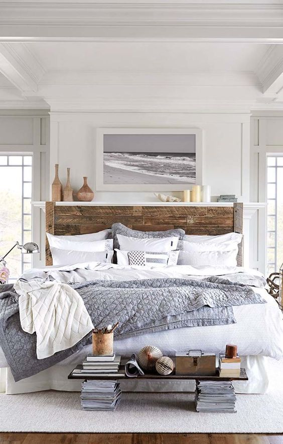 Love The Bed. Stylish Interior Design 10 Love The Room, Screams Of The  Seaside But I Sure Would Hate To Reach For A Magazine Under The Board At  The Foot Of ...