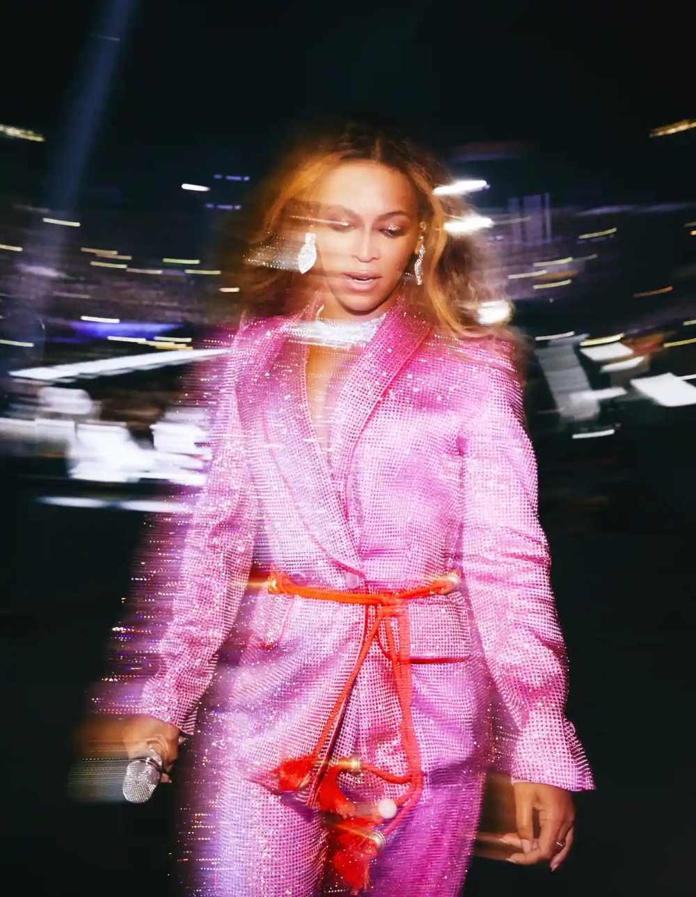 Andrew White's best photograph: Beyoncé exits the stage glimmering -   - #Andrew #AngelinaJolie #Beyonce #exits #glimmering #Photograph #Stage #StylingTips #Whites