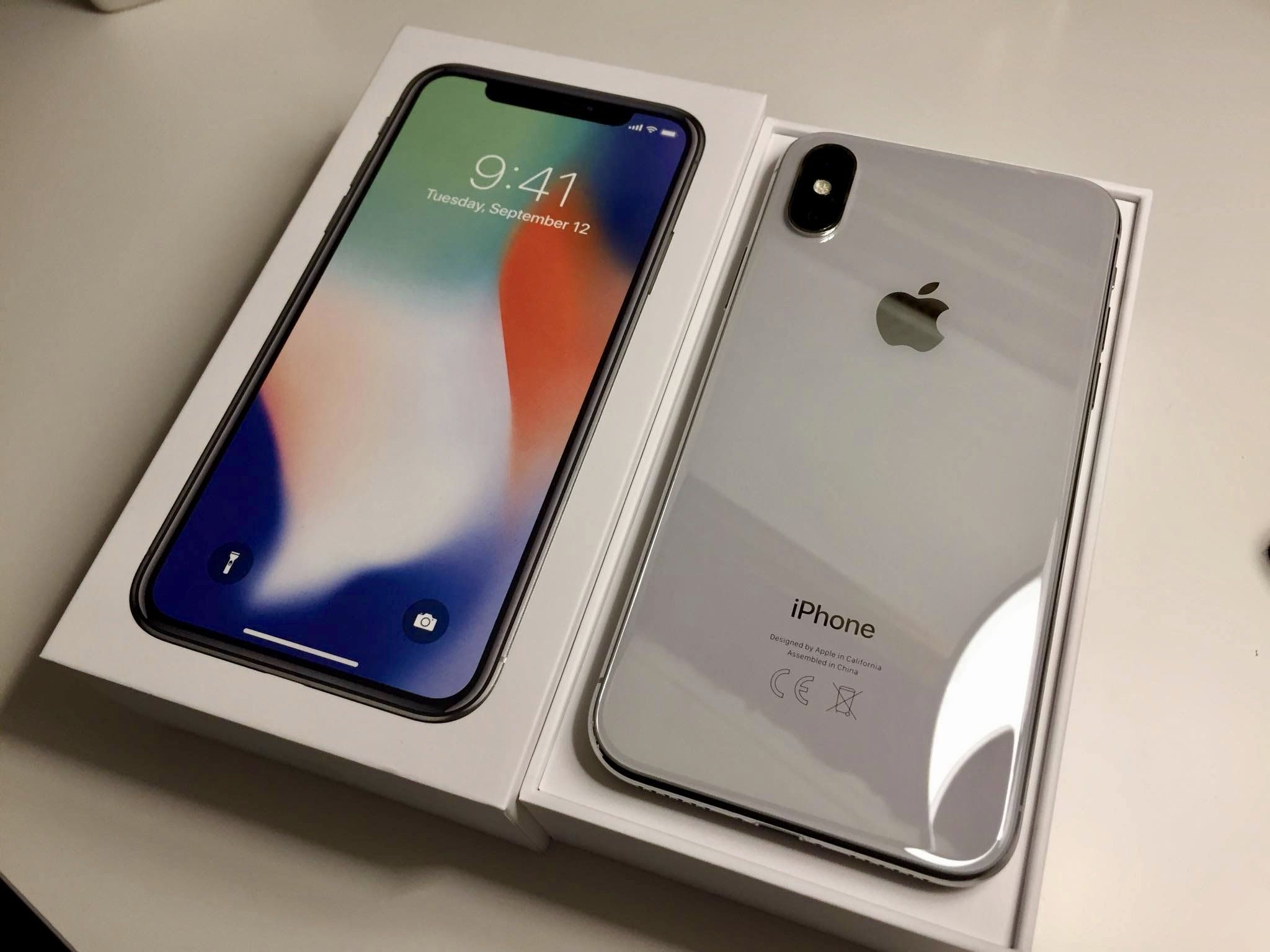 how much is a locked iphone xr worth