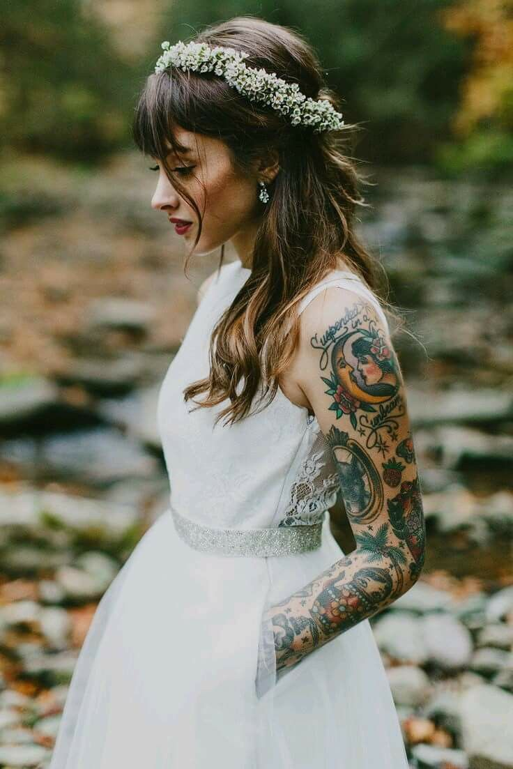 Dresses Wedding for girls with tattoos photo