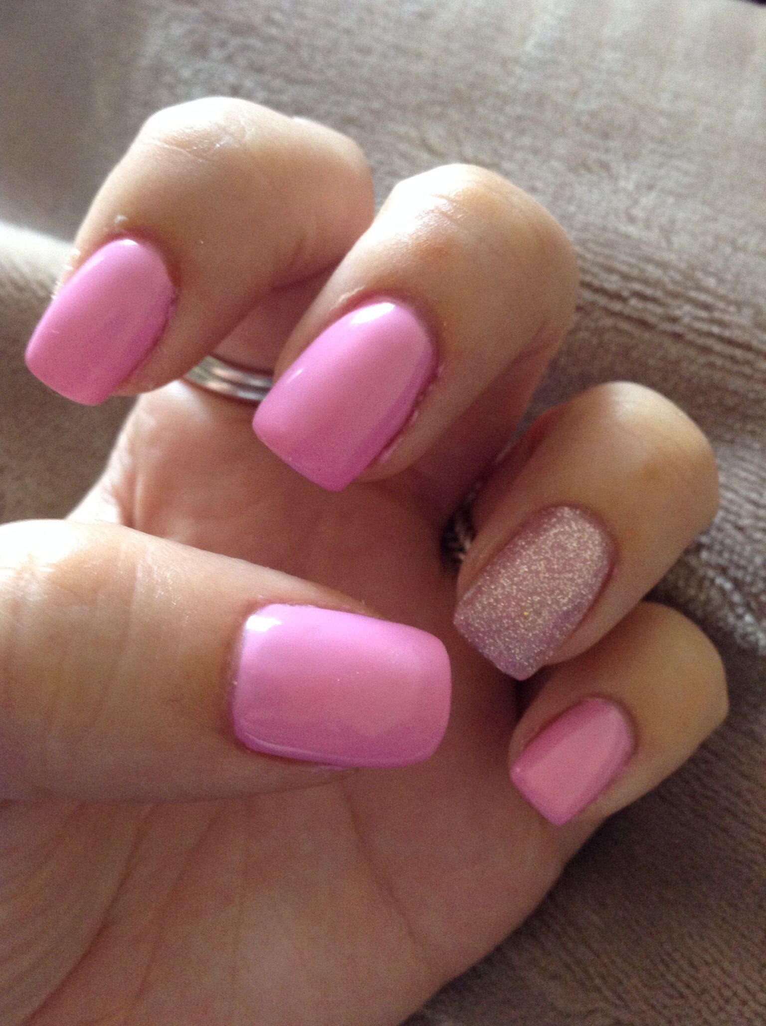 Bubble gum pink acrylic nails with sparkly accent | Pink ...