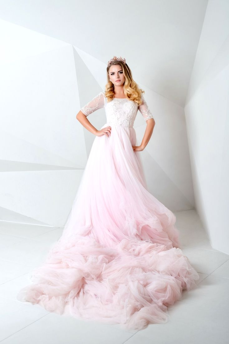 Your best wedding dresses selection trying to find the newest