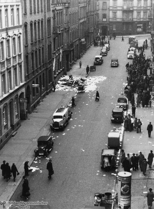 Jewish gun class recalls Kristallnacht on anniversary