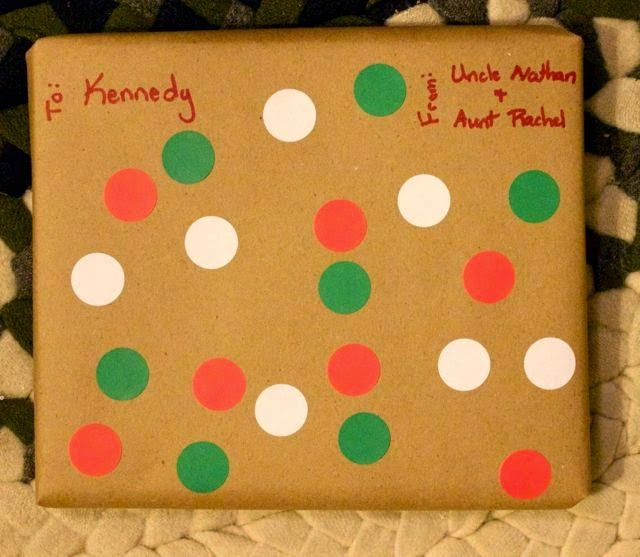 Always Faithful: Wrapping Christmas Presents 2014, simple, craft paper wrapping  kids can easily help warp this gift