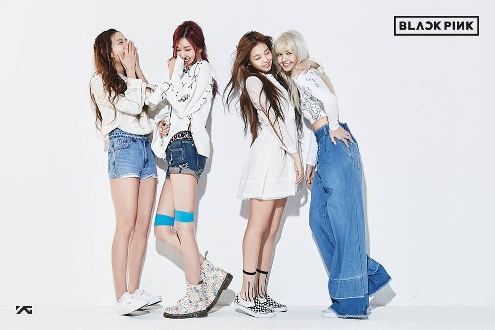 Yg Entertainment Finally Unveils Their Brand New 4 Member K Pop Girl Group Black Pink Koreaboo Blackpink Debut Girls Group Names Kpop Girls