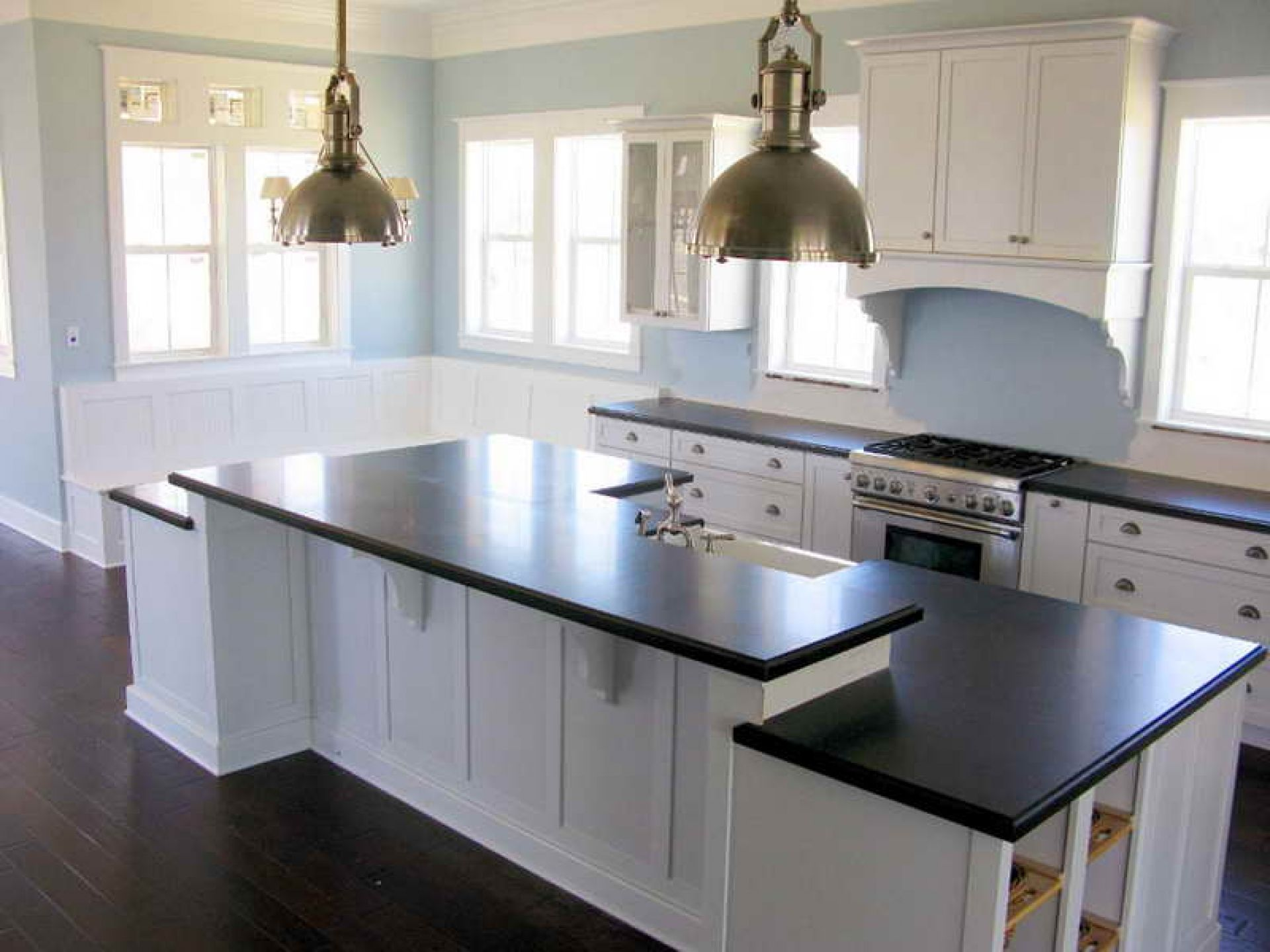 Black White And Blue Kitchen Ideas Part - 24: Kitchen-makover-white-cabinet-with-black-countertop - OutOfHome