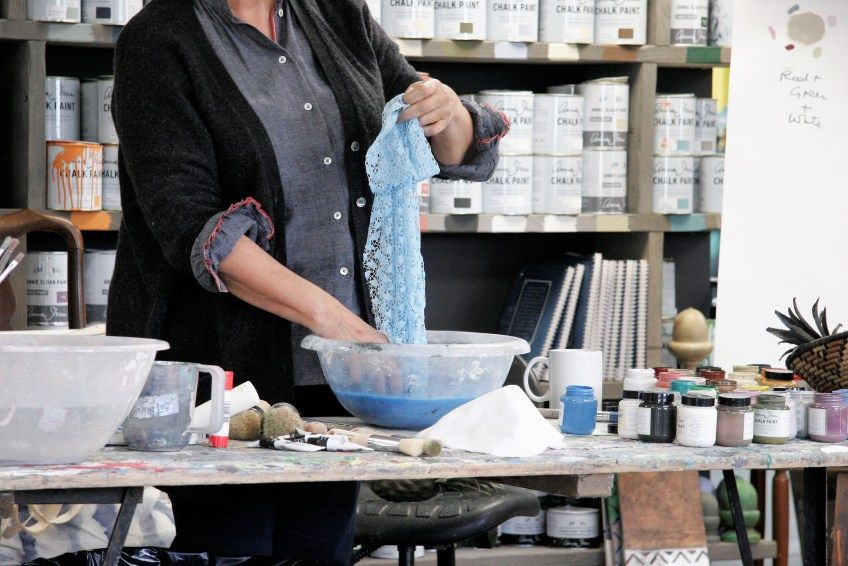 Annie Sloan Blogger Event – Vintage Oxford  #anniesloan #chalkpaint #fabric