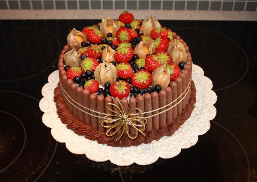 Fresh Fruit Birthday Cake Fresh Fruit Cakes Chocolate