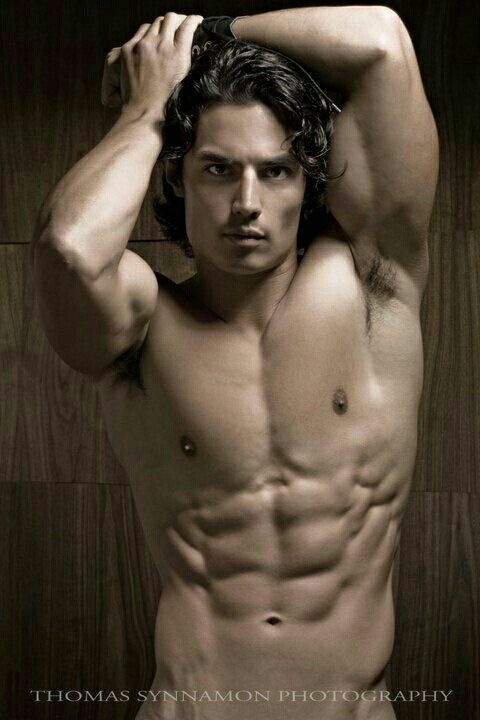 Hairstyle and Physique Style