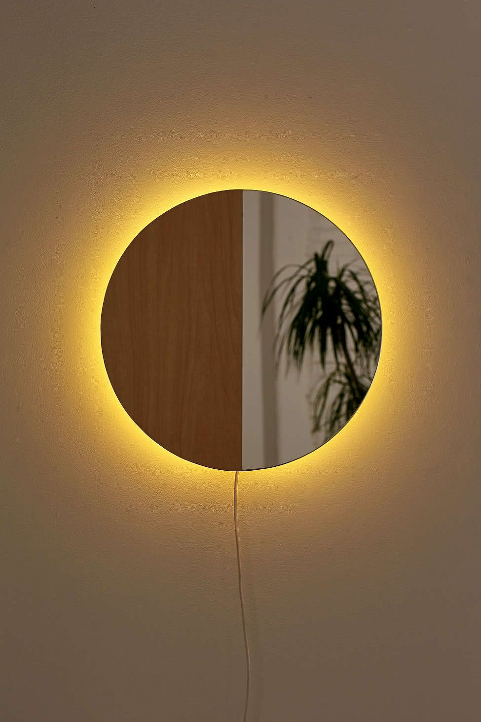 Circle Mirror Sconce | crafty | Pinterest | Woods, Lights and Room ideas