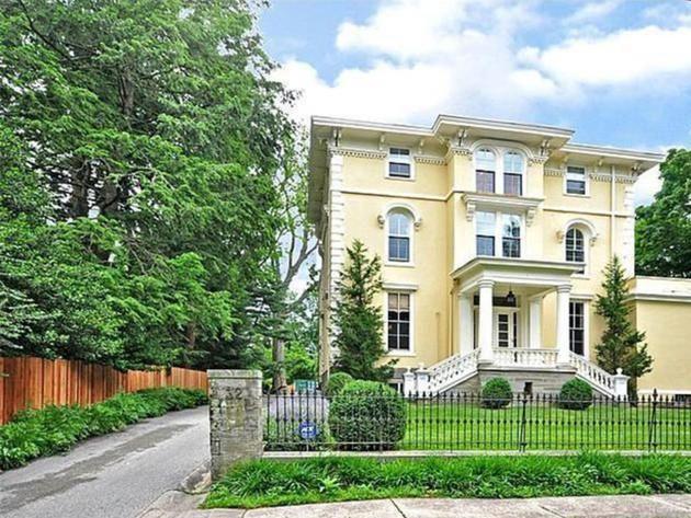 Home Exterior Philadelphia Italianate House Hgtv Frontdoor Exterior House Exterior House