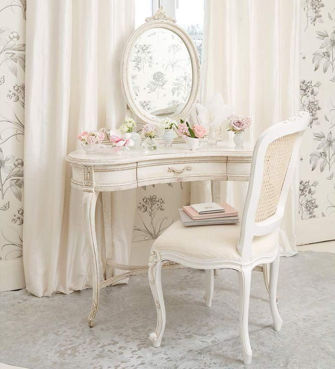 Decoration Shabby Meubles Recup Superbes Sur Fond Blanc Meubles Shabby Chic Decoration Maison Coiffeuses