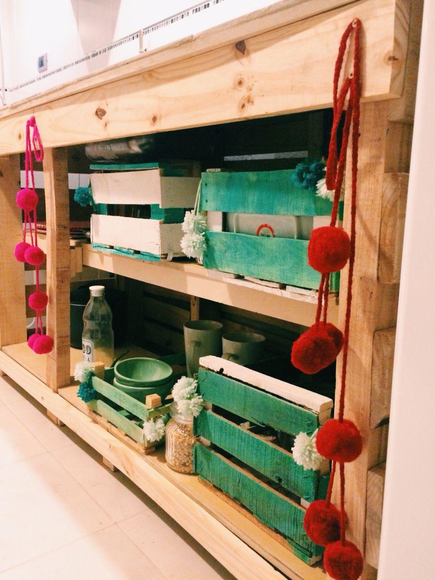 Bajo mesada bajo mesada con pallet cocinas con palets for Muebles de madera reciclada para cocina