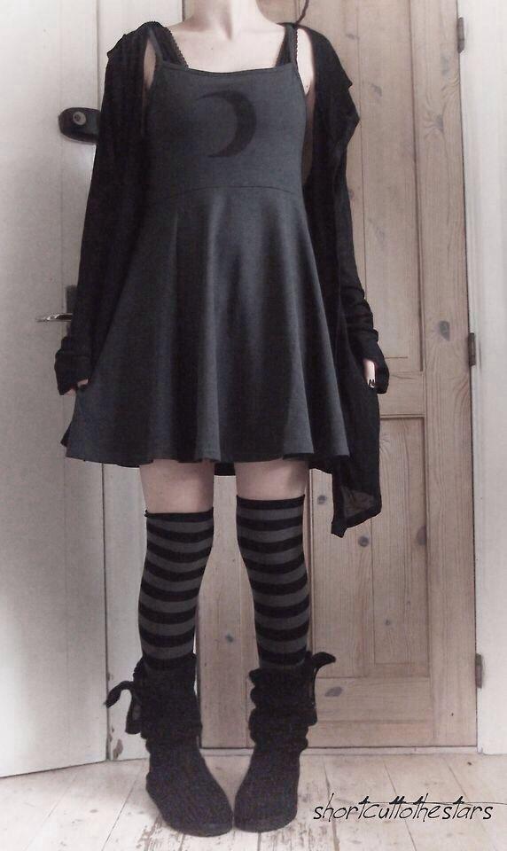 Me Imagino A Rhuby Con Esto Puesto Dark Fashion Cute Gothic Fashion Punk Goth