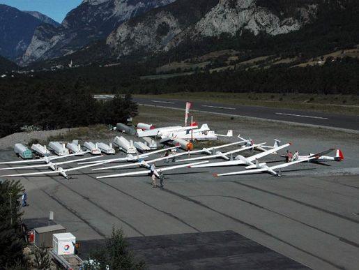 Aerodrome Barcelonnette Saint Pons Au Coeur De La Vallee De L Ubaye Vol A Voile Vallee Destinations