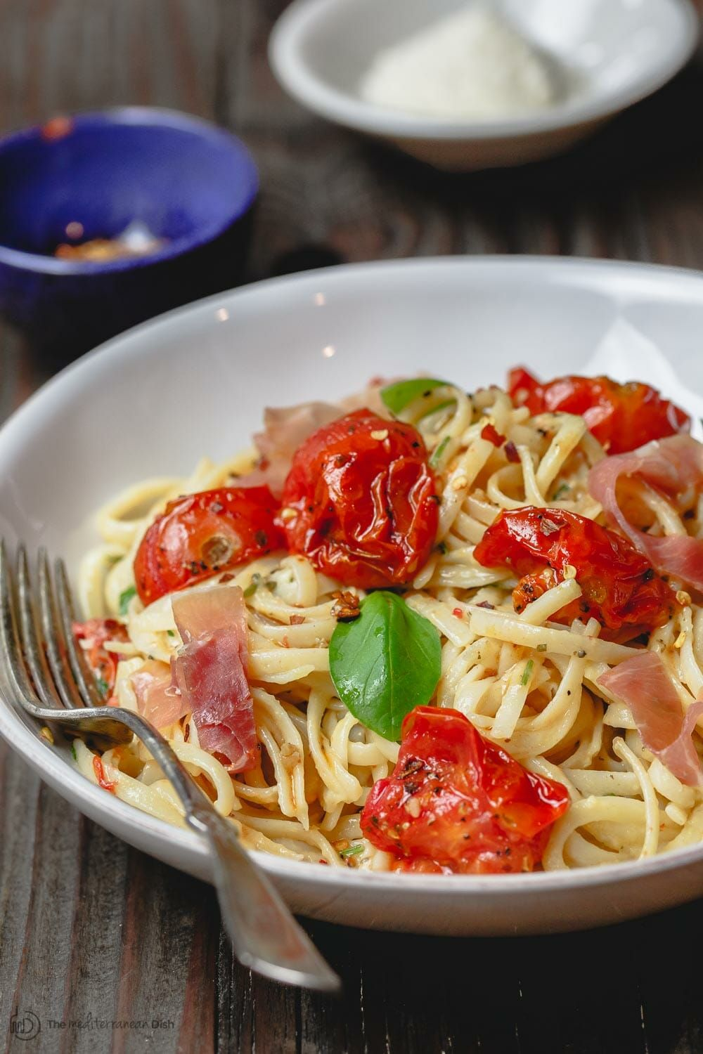 Carbonara Recipe With Roasted Tomatoes The Mediterranean Dish A Lighter And Flavor Packed Cabornara Reci Easy Carbonara Recipe Carbonara Recipe Fresh Pasta