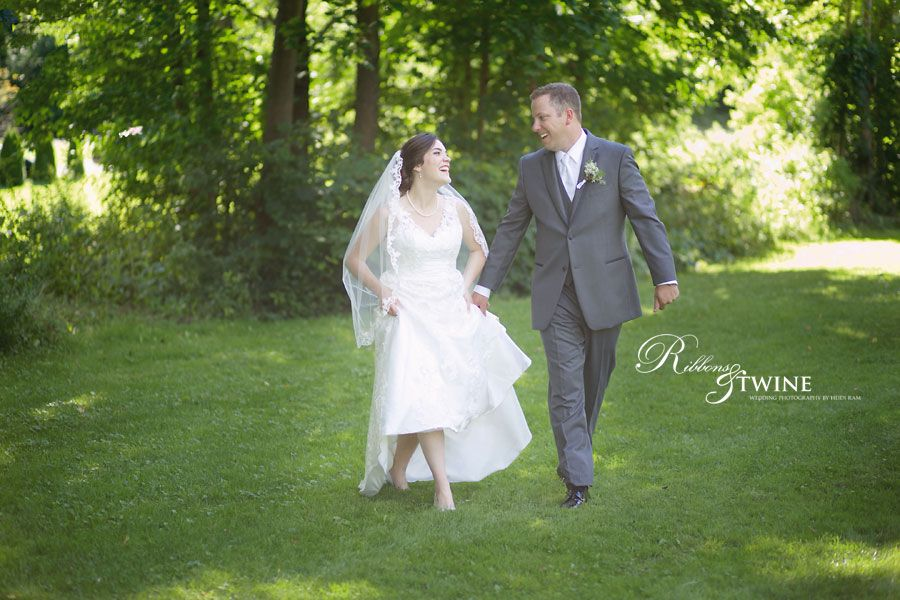 Robyn & Jon – Brampton Wedding Photography – Terra Cotta Inn Wedding Photography
