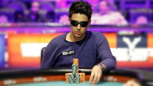 Craig Mccorkell Is One Of The Many British Poker Gems That Are Currently Sparkling On The World Scene Mens Sunglasses Poker Rayban Wayfarer