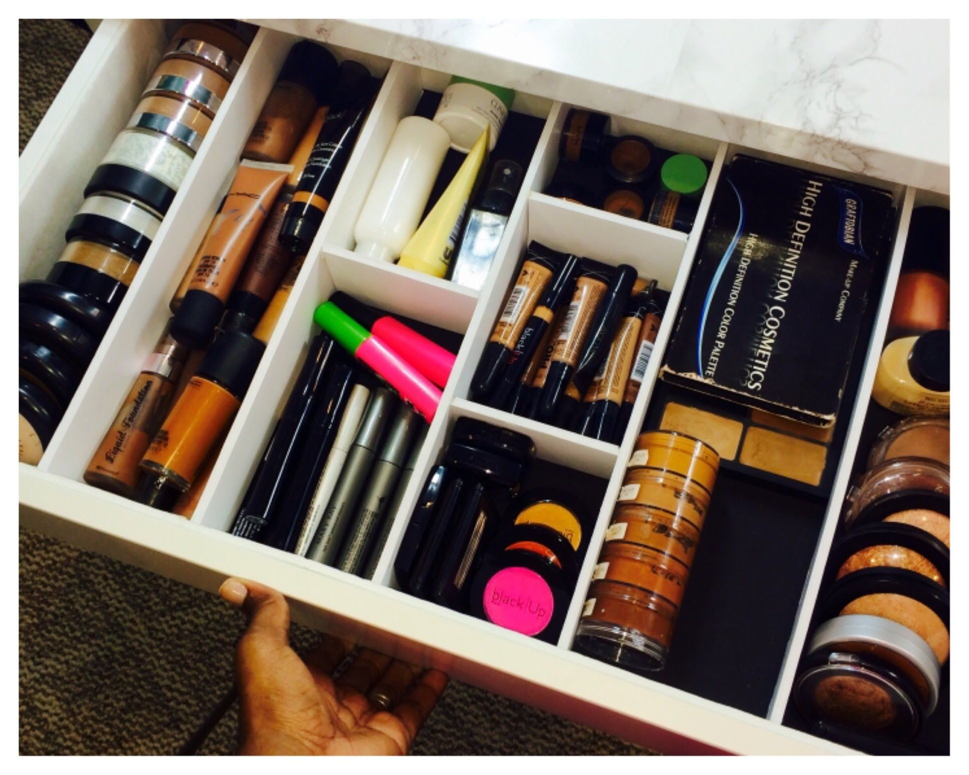 DIY | Drawer Dividers/Organizers. Maybe you could use this for your makeup