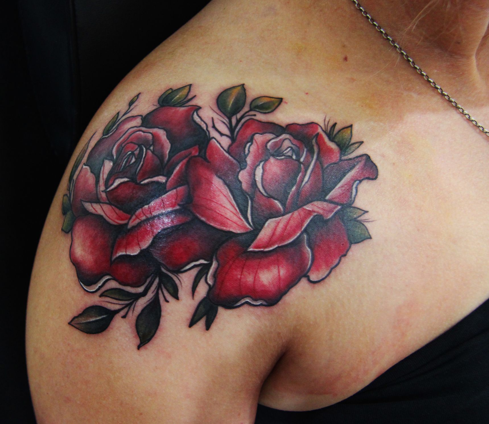 the gallery for gt neo traditional rose tattoo designs