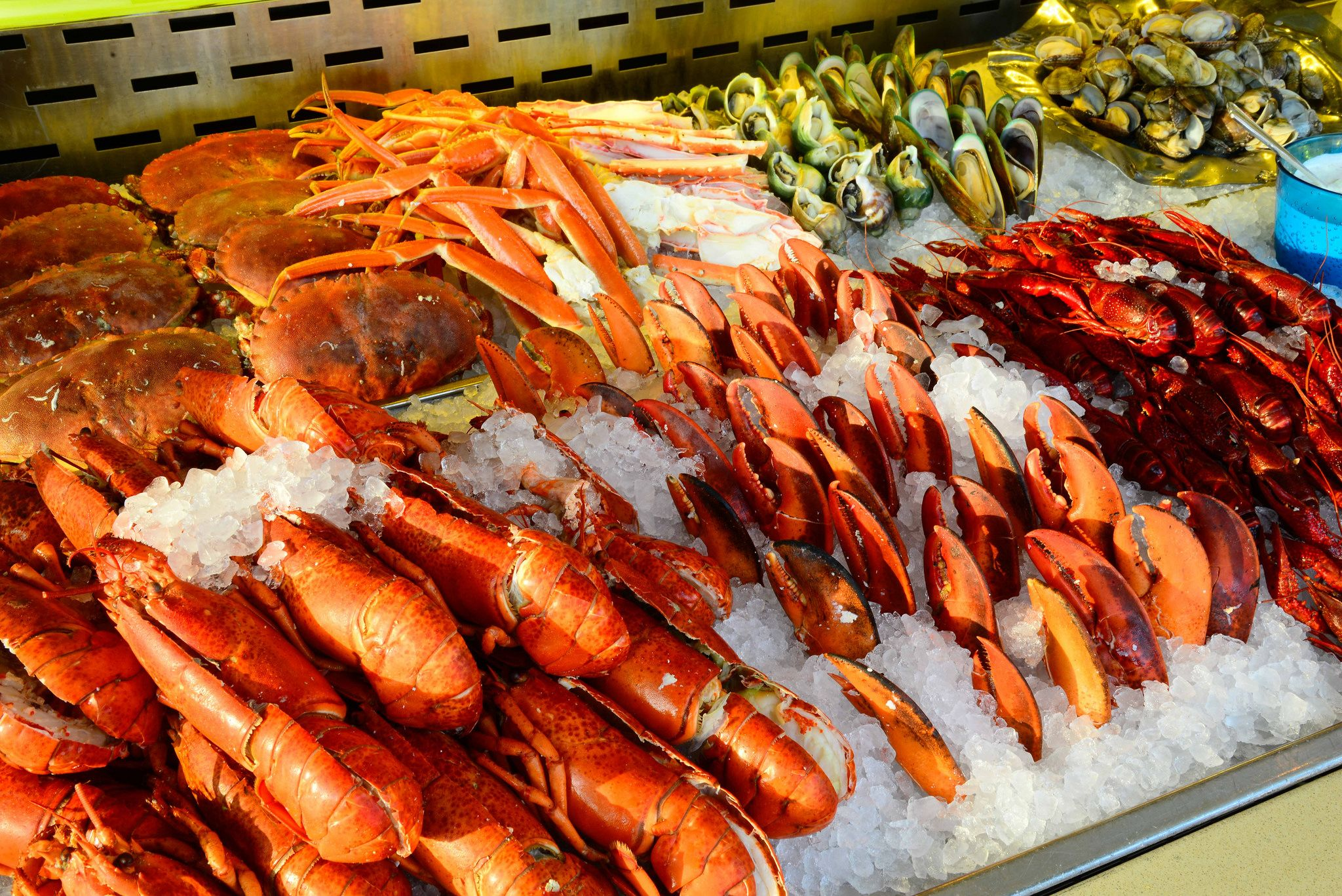 Wondrous The 10 Best Seafood Buffet In Las Vegas And Guide To Vegas Download Free Architecture Designs Grimeyleaguecom