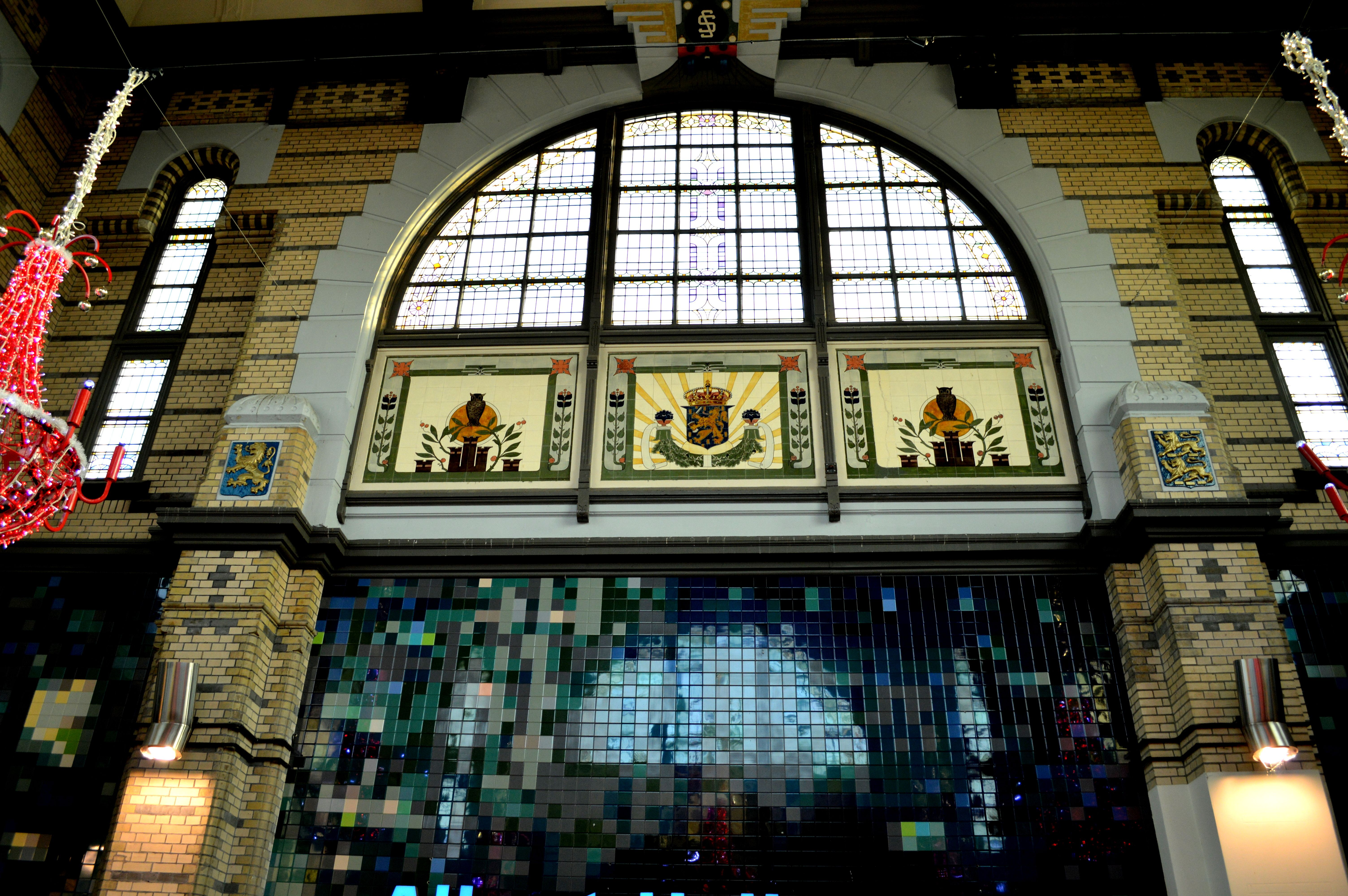 Station Leeuwarden, de hal vind ik altijd mooi aan dit station.