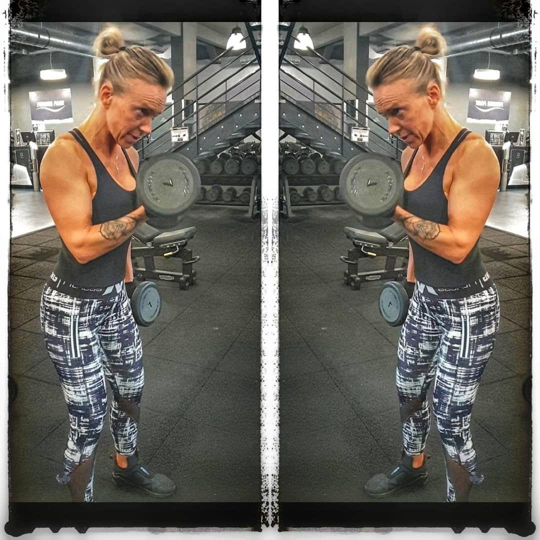 La seule personne à défier c'est toi même 💪☑️ . . . #motivation #fitnessmotivation #positivevibes #o...