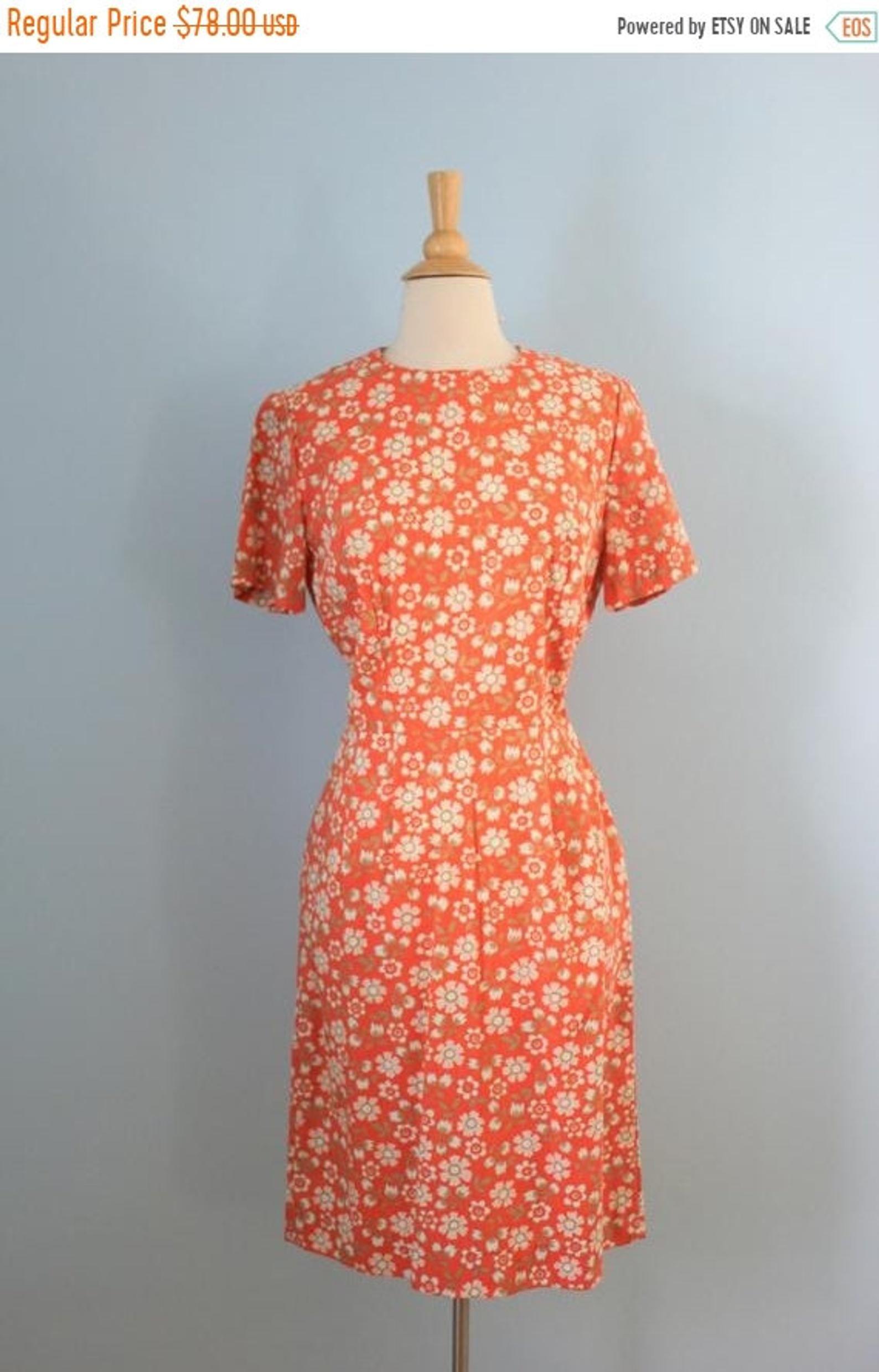 Sale 1960s Cotton Dress 60s Cotton Floral Print Shift Dress Etsy Happy Dresses 60s Dress Printed Shift Dress [ 2477 x 1588 Pixel ]