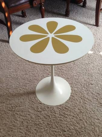 Delicieux Vintage Burke Tulip Table W Flaws