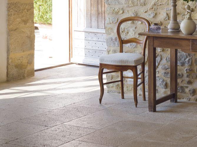 De grandes dalles au sol Pinterest - dalle beton interieur maison