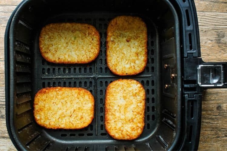 How To Make Frozen Hash Brown Patties In An Air Fryer No Oil Needed Recipe In 2020 Air Fryer Recipes Easy Hashbrowns Air Fryer Recipes