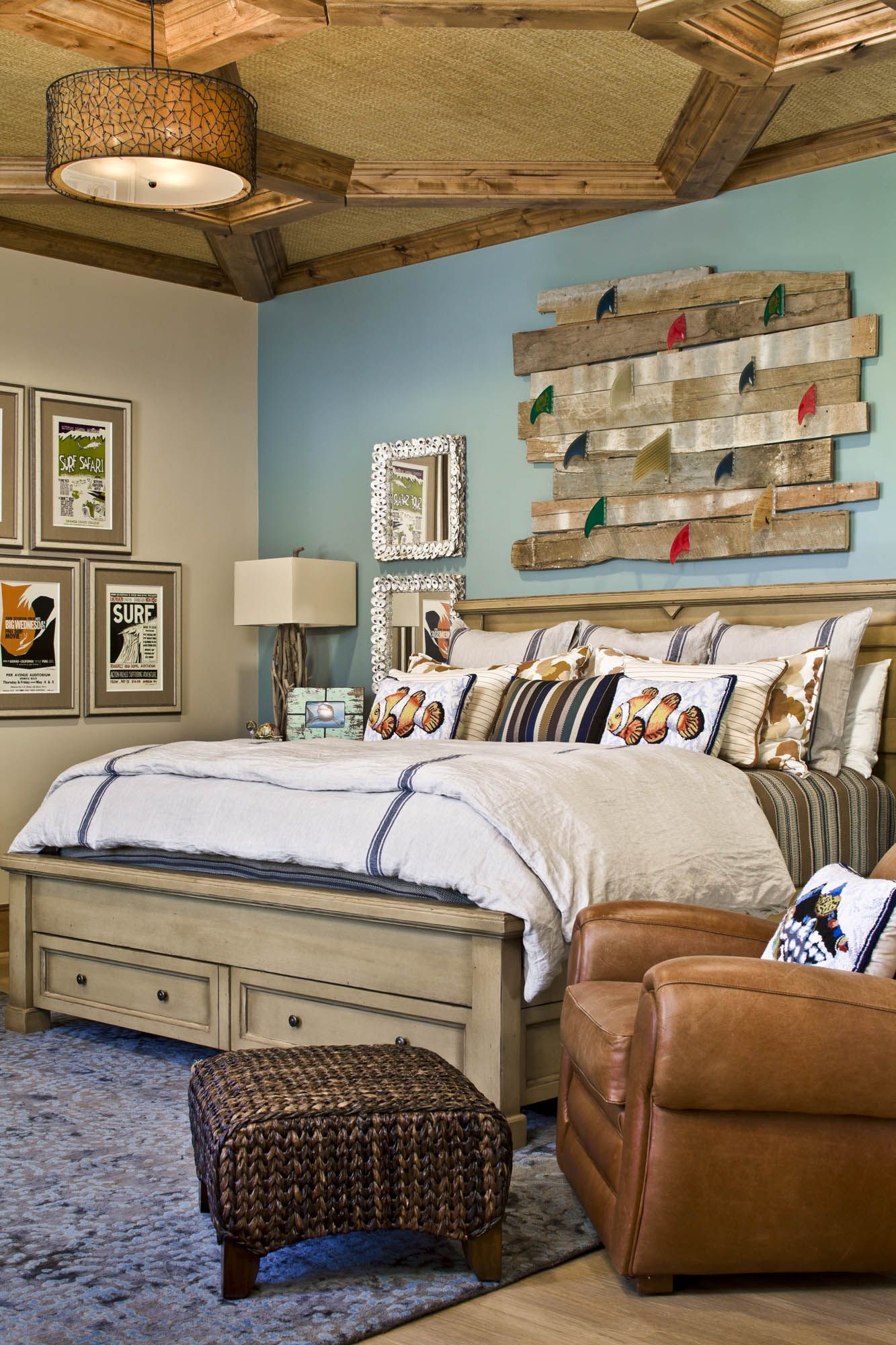 Driftwood Wall Art, Modern Lamp And Photo Frame. I Love Driftwood! ||  Bedrooms | Platinum Series Homes By Mark Molthan
