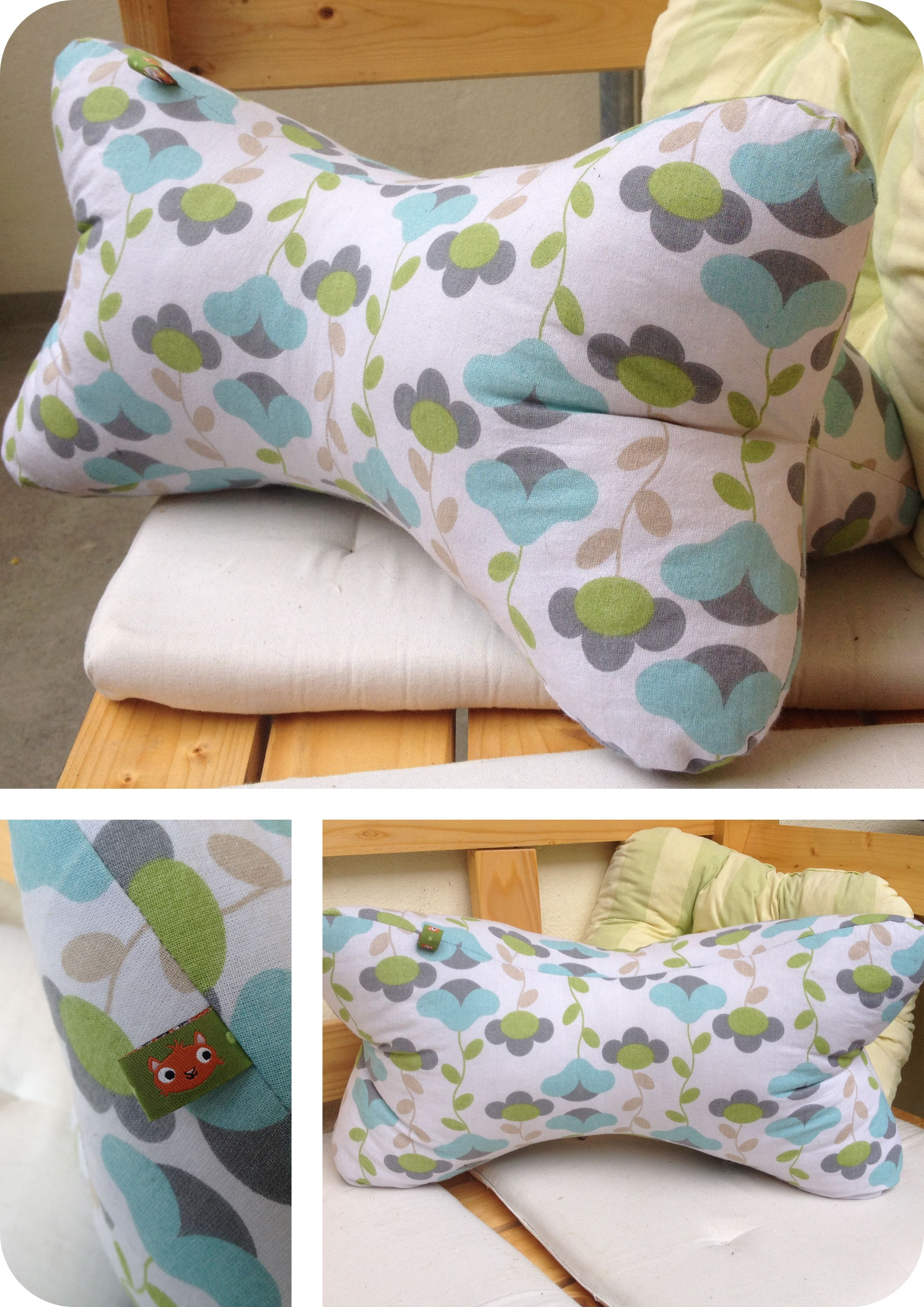 """""""Leseknochen"""" // """"relaxing neck pillow"""" (http://www.sew4home.com/projects/pillows-cushions/last-minute-gift-pillows-relaxing-neck-pillow)"""